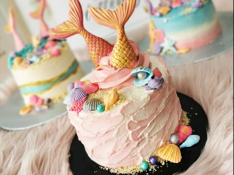 Top 4 Humorous Cake Delivery Quotes